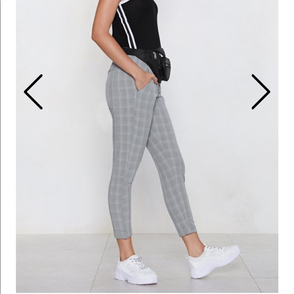 Nasty Gal Pants - Cropped plaid pants